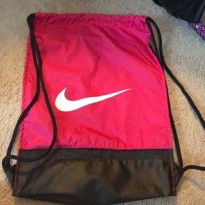 Nike strong bag